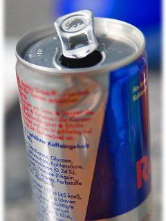 Red Bull: bevanda energizzante e base per nuovi cocktails