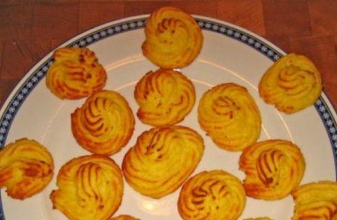 Ricette contorni: le patate duchessa con prosciutto cotto
