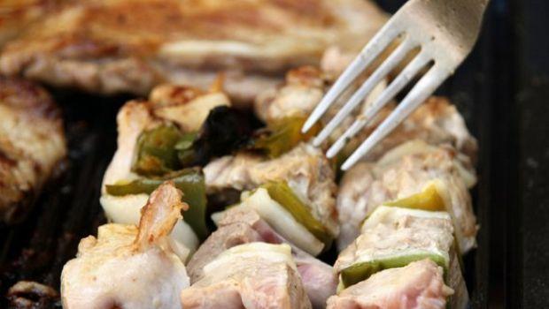 Ricetta per la festa del papà, spiedini di pollo profumati