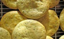 Ricette stuzzichini: focaccine fritte ai ceci e rosmarino