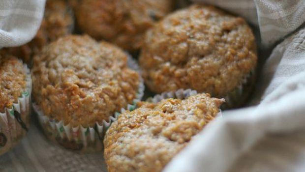 Muffin alle carote con uvetta, una ricetta da colazione