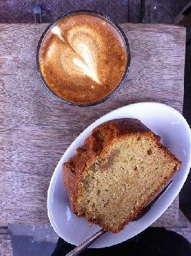 La ricetta del plum cake al caffè per una colazione golosa