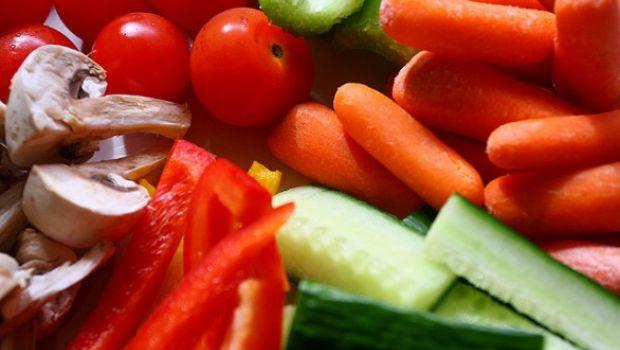 Frutta e verdura contro il caldo, il vademecum della Coldiretti