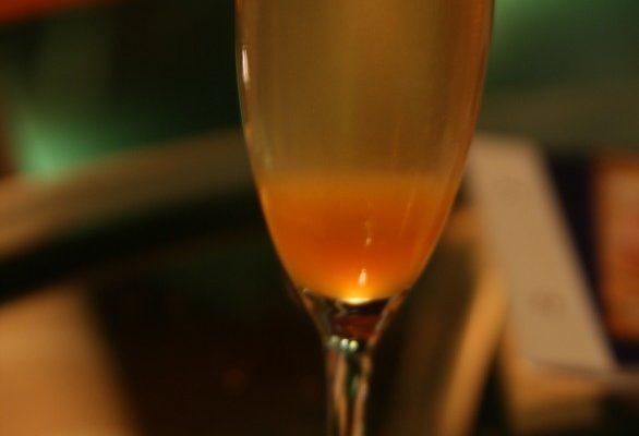 I segreti per un cocktail Bellini che tutti dovrebbero conoscere