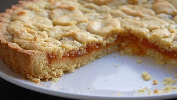 La ricetta della crostata di marmellata da fare in casa