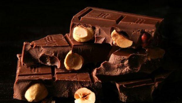 La ricetta della crema al cioccolato per le torte
