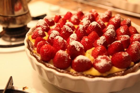 Ecco la crostata di fragole con crema pasticcera