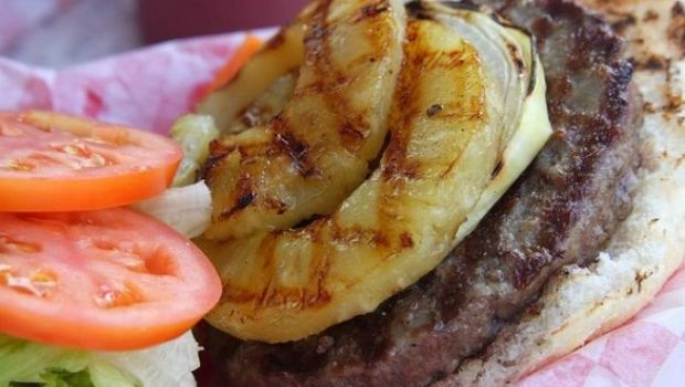 "Ricette dal cinema: l'hamburger hawaiano di ""Soul kitchen"""