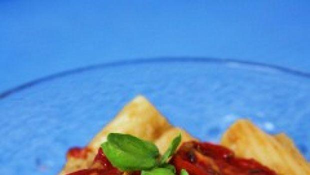 La pasta fredda e la ricetta per preparare tante insalate estive e fredde