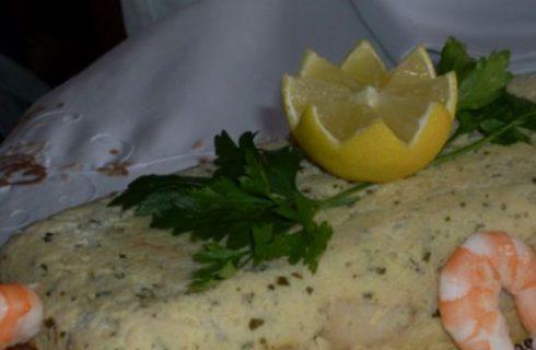 La ricetta della terrina di pesce, un piatto fresco e raffinato
