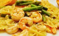 La ricetta della pasta con asparagi e gamberetti da fare in casa