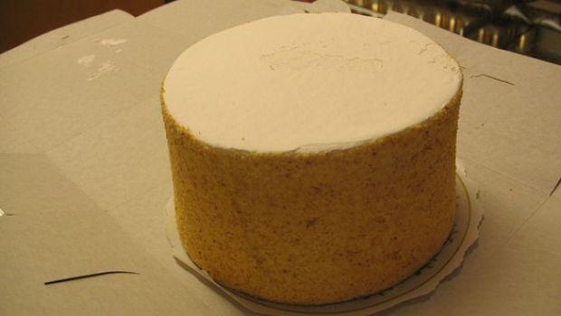 Ecco la ricetta classica del pan di spagna soffice e alto