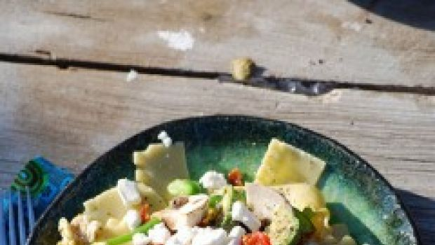La ricetta della pasta fredda con verdure per un primo estivo light