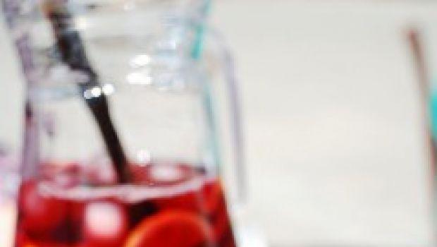 Ricetta della sangria originale per l'aperitivo estivo