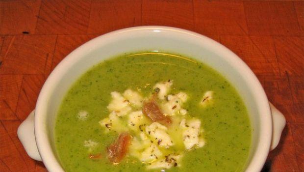 La ricetta della vellutata di zucchine da fare con il Bimby