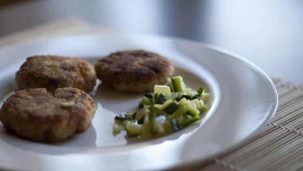Ecco la ricetta al forno delle polpette di zucchine alla greca