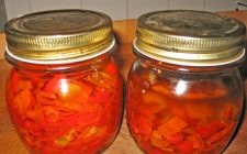I peperoni sott'olio nella versione agrodolce