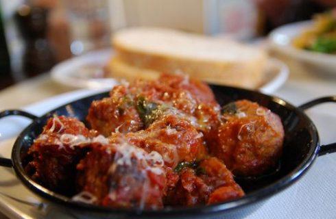 Le polpette di carne al sugo, come farle con la ricetta facile