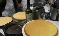 La ricetta del pan di Spagna soffice nella versione classica, al cioccolato e con il Bimby