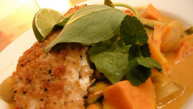 La spigola al forno con patate e verdure, facile da fare
