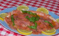 Le 5 ricette con salmone affumicato per antipasti e primi piatti