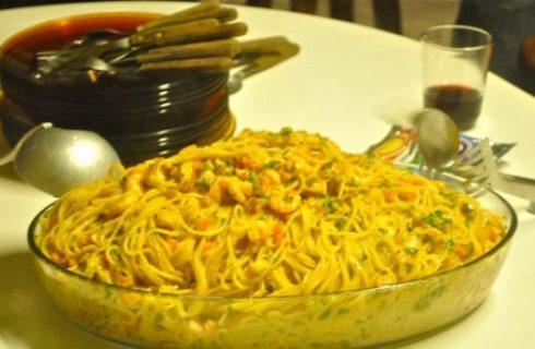 Spaghetti ai gamberetti, lime, zucchine e zafferano