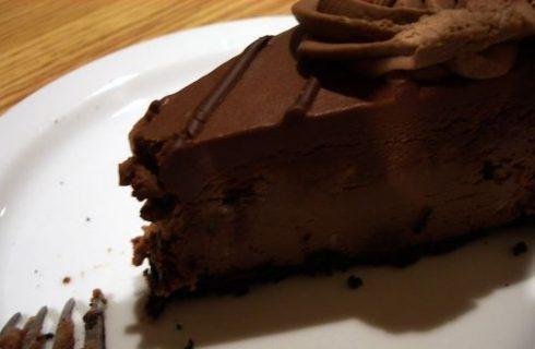 La ricetta della cheescake al cioccolato o frutti di bosco
