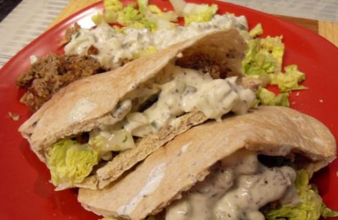 La ricetta del kebab di pollo e agnello facile da fare