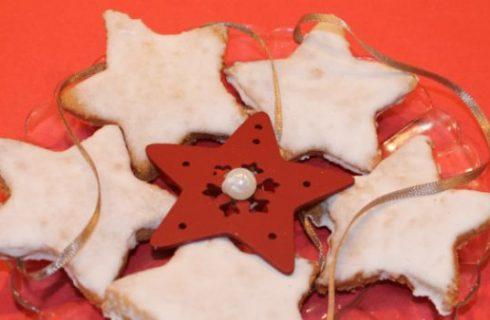 Stelle alla cannella, la ricetta dei biscotti dell'avvento in Alsazia