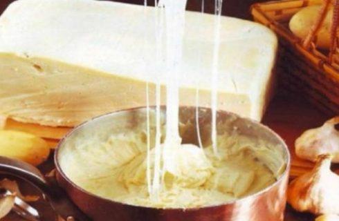 Aligot, la ricetta del purè delle tavole del sud della Francia
