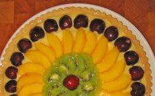 La crostata di frutta con la ricetta light ma gustosa
