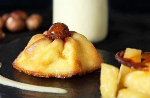 La ricetta del babà al Rum, ananas caramellata e crema inglese secondo la tradizione francese