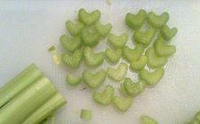 La ricetta del sedano con patate per un contorno veloce