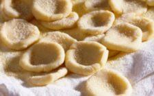 Come preparare le orecchiette fatte a mano con la ricetta tradizionale