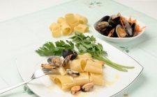 I paccheri ai frutti di mare per un semplice primo piatto