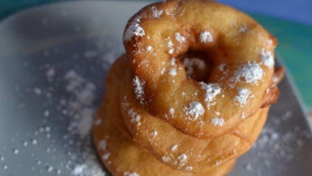 La ricetta dei beignets alla mela e sidro di campagna