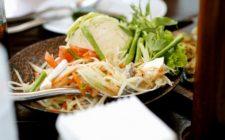 La ricetta degli spaghetti di soia alle verdure saltate in padella