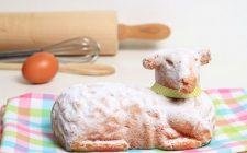 L'agnello di pasta di mandorle per Pasqua con la ricetta pugliese