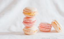 Giornata internazionale del macaron, organizzata da Pierre Hermé a scopo benefico