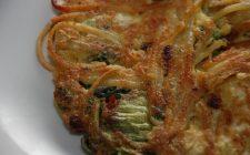 La pizza di maccheroni napoletana al forno per la gita di Pasquetta