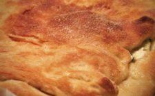 La ricetta della pizza rustica ripiena con verdure