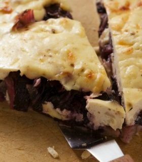 La torta salata al radicchio rosso facile da fare