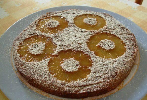Come fare la torta all'ananas con il Bimby