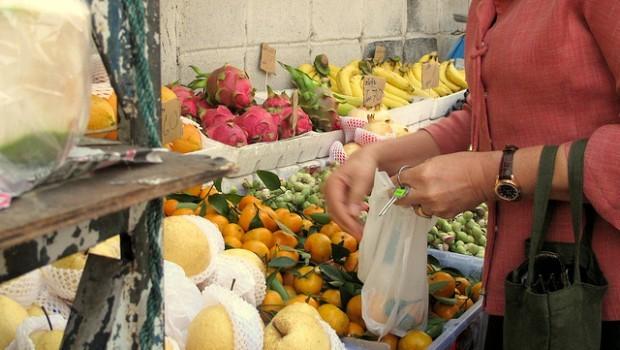Verdura e frutta di stagione a maggio: ecco cosa comprare
