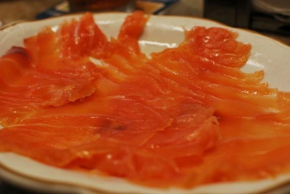 Pasta fredda con il salmone, ecco la ricetta per un pranzo al sacco