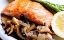Come fare il salmone all'arancia con la ricetta al forno