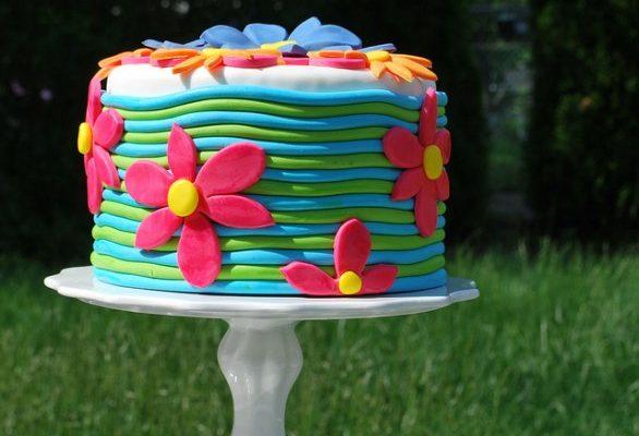 Le più belle decorazione per torte con fiori