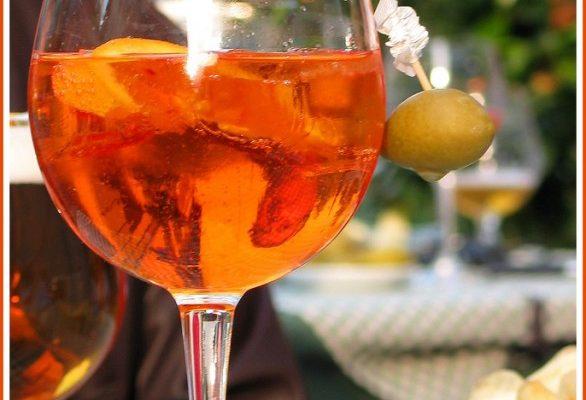 I 5 aperitivi alcolici più veloci per stupire gli amici
