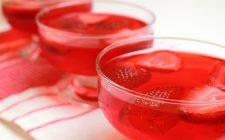 L'aspic di fragole e moscato, ecco la ricetta facile da seguire
