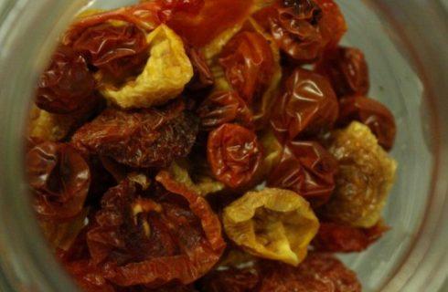 La ricetta dei pomodori secchi da conservare sott'olio